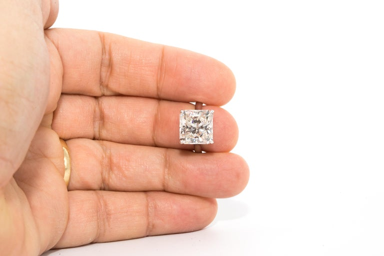 8,78 Karat Radiantschliff Diamant Verlobungsring GIA I SI 1 in Platin 5