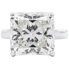 8,78 Karat Radiantschliff Diamant Verlobungsring GIA I SI 1 in Platin