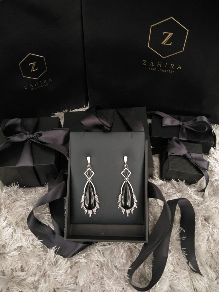 88.54 Carat Black Onyx Rock Crystal Diamond Earrings In New Condition For Sale In Bangkok, TH