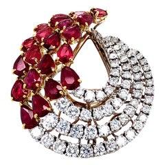 8.86 Carat Ruby and Diamonds Ring 18 Karat Gold