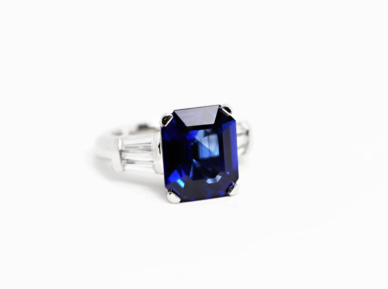 Art Deco 8.88 Carat Royal Blue Emerald Cut Natural Sapphire and Diamond Engagement Ring For Sale