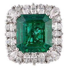 8.95 Carat Zambian Emerald Ring in 18 Karat White Gold with White Diamonds