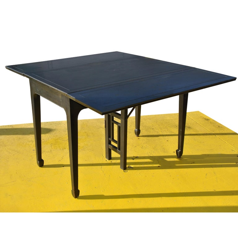 Expandable Vintage Midcentury Baker Michael Taylor Far East Dining Table In Good Condition For Sale In Pasadena, TX