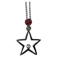 18kt White Gold Star Diamond Pendant