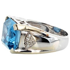 9 Carat Blue Topaz and Diamond White Gold Ring