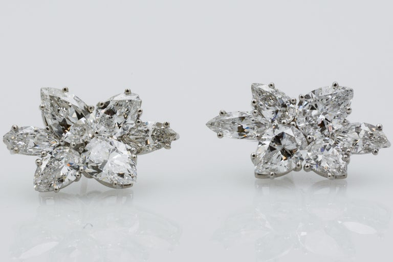 9 Carat Diamond and Platinum 18 Karat White Gold Earrings For Sale 6
