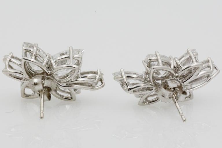 9 Carat Diamond and Platinum 18 Karat White Gold Earrings For Sale 2