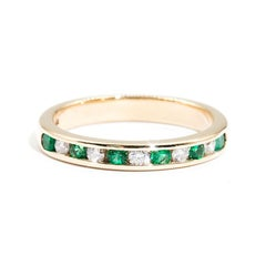 9 Carat Yellow Gold Round Green Emerald and Diamond Vintage Eternity Band Ring