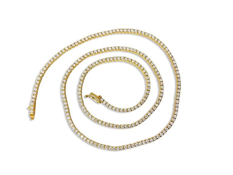 Round Cut 9 Carats VVS Diamond Tennis Necklace For Sale