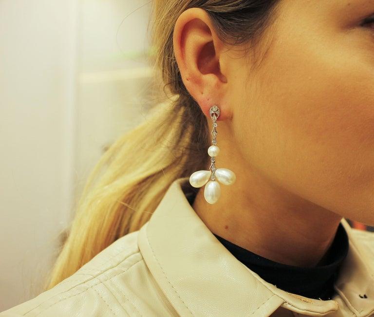 Women's 9 G White Pearls, 0.45 Carat White Diamonds White Gold Chandelier Earrings For Sale
