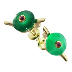 9 Karat British Yellow Gold Set with Green Chalcedony and Ruby Earring Studs