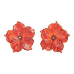 9 Karat Gold Brown Agate Flower Handmade Italian Girl Carved Stud Chic Earrings