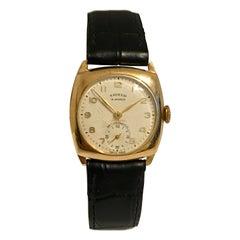 9 Karat Gold Vintage 1950s Mechanical Watch