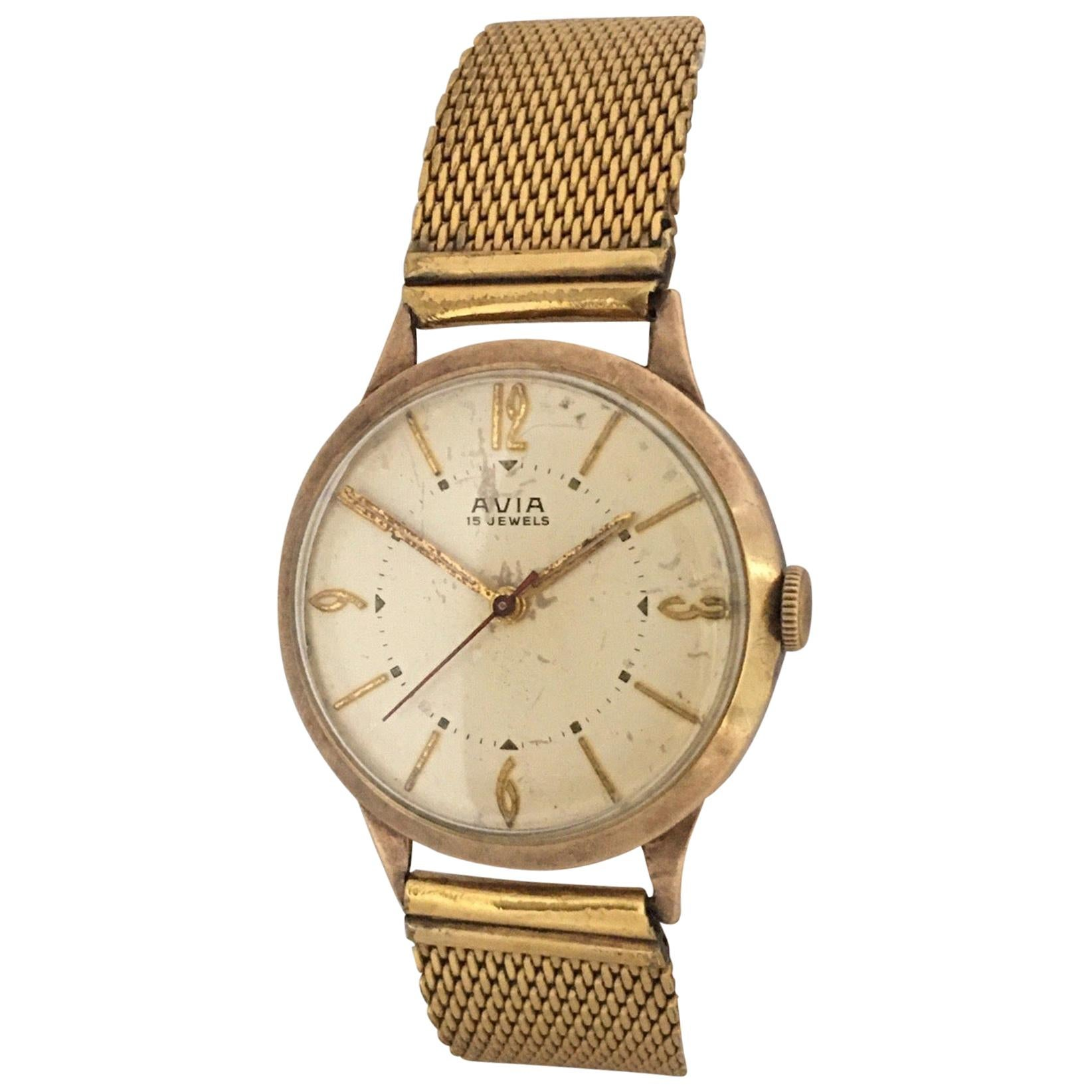 9 Karat Gold Vintage 1960s Mechanical Watch with Sweep Seconds