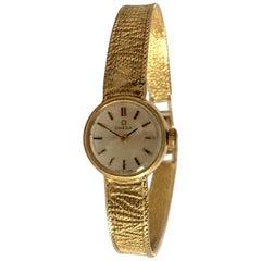 9 Karat Gold Vintage 1970s Omega Ladies Watch