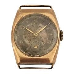 9 Karat Gold Vintage Helvetia Hand-Winding Wristwatch