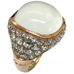 9 Karat Pink Gold Cocktail Ring with White Milky Quartz Cabochon and Aquamarine