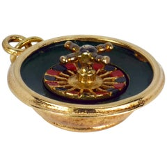 9 Karat Yellow Gold Enamel Roulette Wheel Gambling Charm Pendant