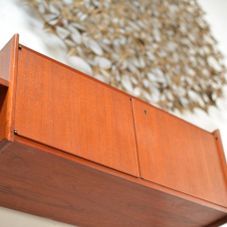 90 Piece Teak Wall Unit by Scandiline, Norway Customizable For Sale 3