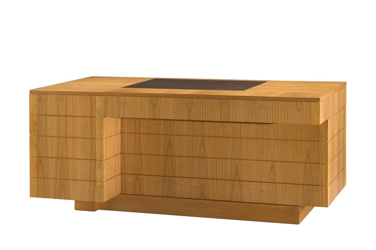 Contemporary '900 Style Wooden Desk in Cherry Wood with Leather Top and Drawers For Sale