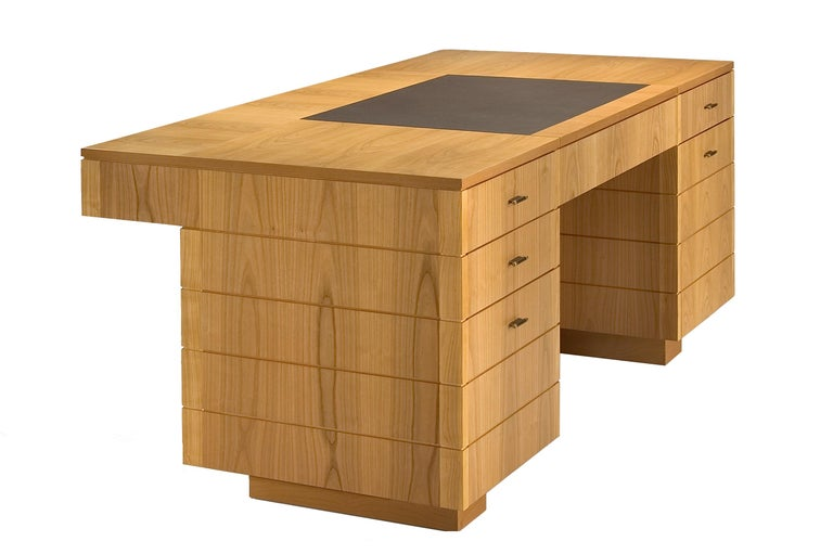 '900 Style Wooden Desk in Cherry Wood with Leather Top and Drawers For Sale 3