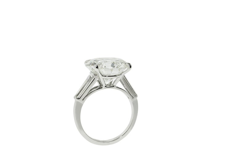 Women's 9.05 Carat GIA Certified Round Diamond Engagement Ring For Sale
