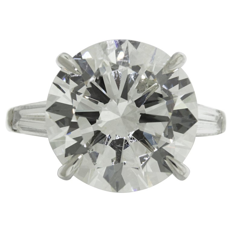 9.05 Carat GIA Certified Round Diamond Engagement Ring For Sale