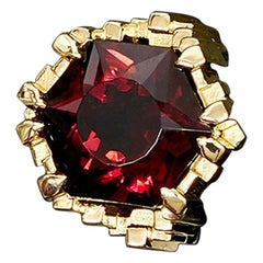 9.05 Carat Red Tourrmaline Contemporary Haute Cocktail Ring
