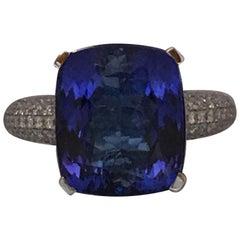 9.07 Carat Tanzanite and Diamond Ring