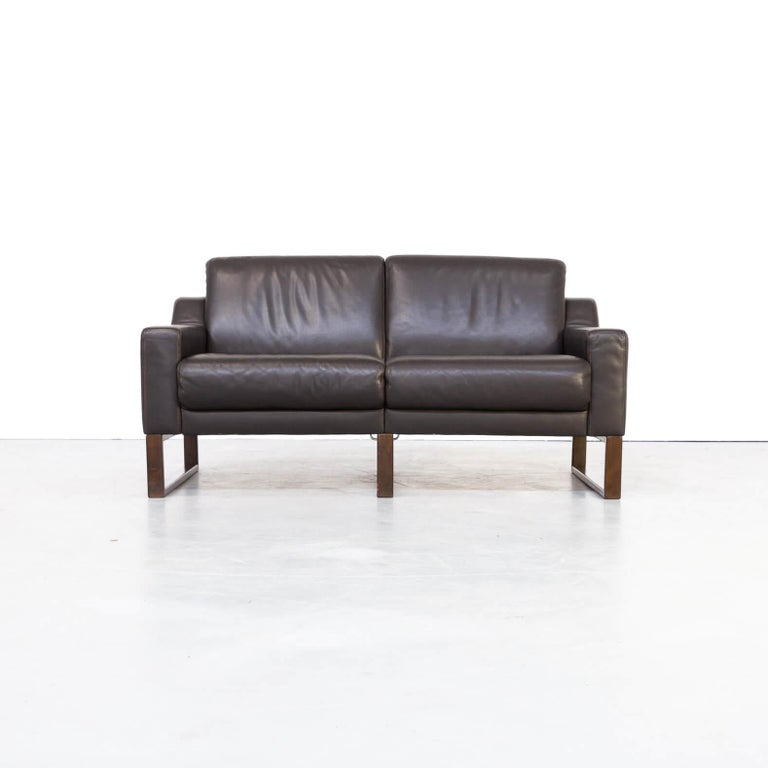 90s Brown Leather Two-Seat Sofa For Sale 1