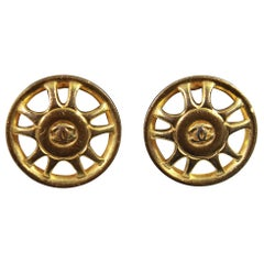 90's Chanel Vintage  Earrings in Gold-Plated Metal