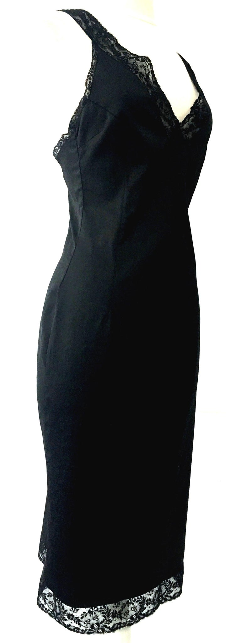 90'S Italian  Dolce & Gabbana Black Fitted Slip Style Dress Sz-46 In Good Condition For Sale In West Palm Beach, FL