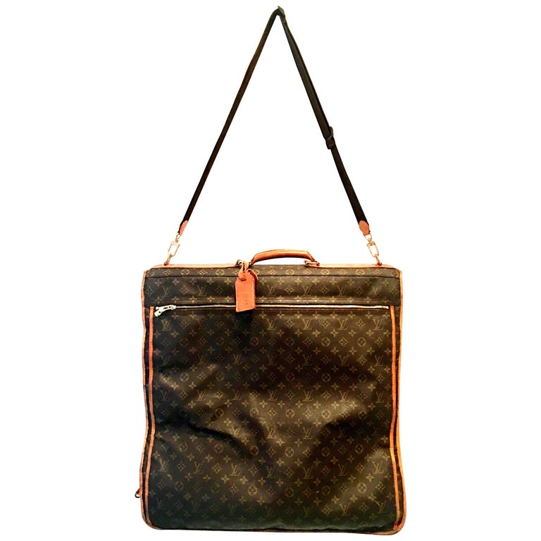 "90'S Louis Vuitton Canvas & Leather ""LV"" Monogram Hanging Travel Garment Bag For Sale"