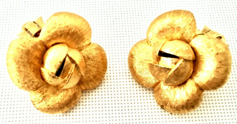 90'S St. John Brushed Gold Plate Abstract Flower Earrings For Sale 2