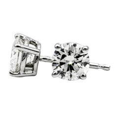 .91 Carat Diamond Stud Earrings in 14 Karat White Gold
