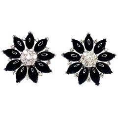 .91 Carat Diamonds and Onyx 18 Karat White Gold Flower Earrings
