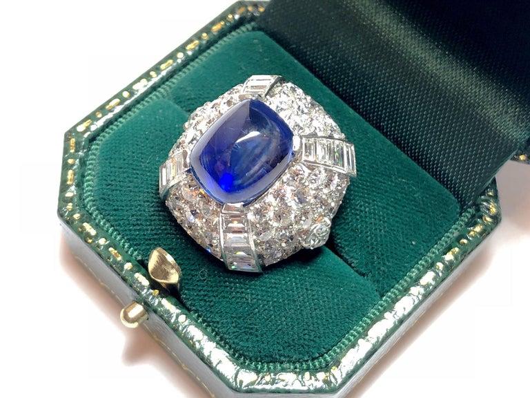 9.10 Carat Sapphire Diamond Gold Bombé Ring For Sale 1