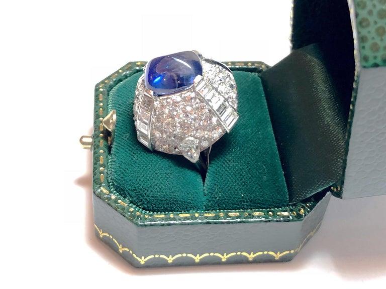 9.10 Carat Sapphire Diamond Gold Bombé Ring For Sale 2