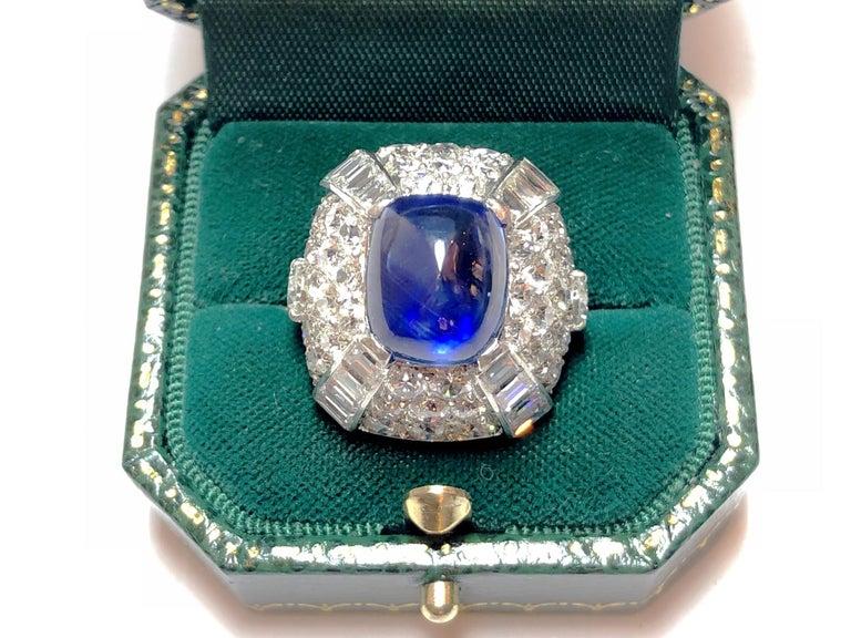 9.10 Carat Sapphire Diamond Gold Bombé Ring For Sale 3