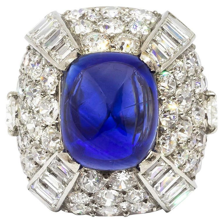 9.10 Carat Sapphire Diamond Gold Bombé Ring For Sale