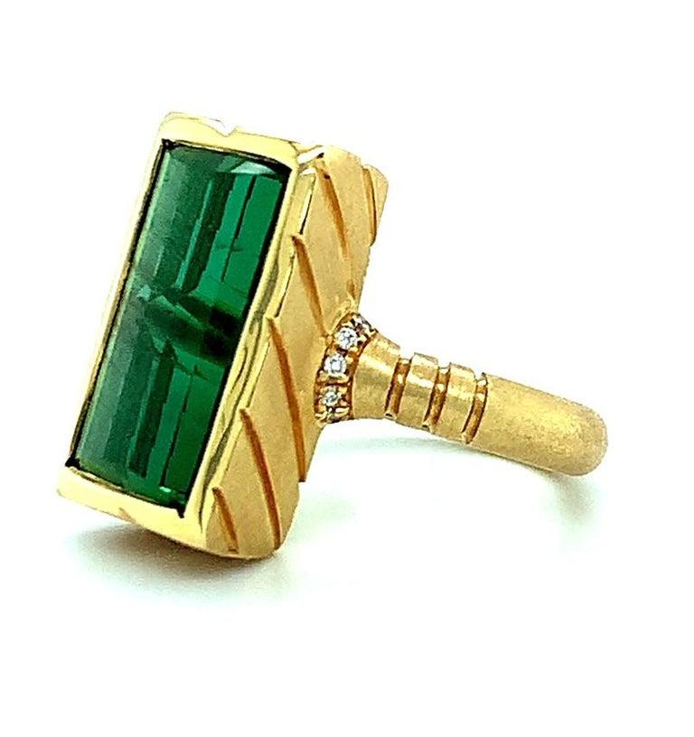 Women's or Men's 9.13 Carat Fantasy Cut Rectangular Green Tourmaline Diamond Yellow Gold Ring  For Sale