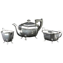 925/- Sterling Silver Tea Set, Teapot, Sugar and Cream Sheffield 1946 Hallmarked