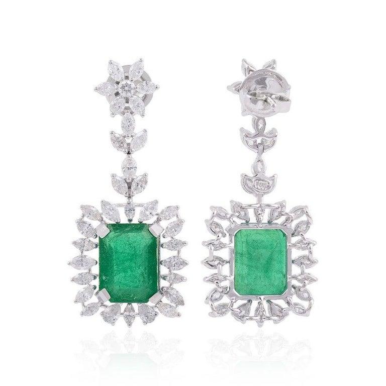 Modern 9.26 Carat Emerald Diamond 18 Karat White Gold Earrings For Sale