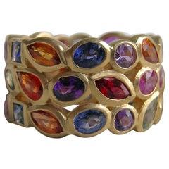 9.3 Carat Sapphire and 18 Karat Gold Band Ring
