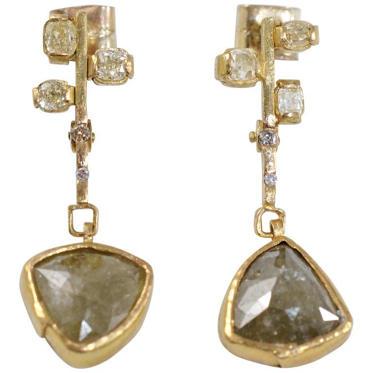 9.3 Carat Yellow Diamonds 21-22k Gold Chandelier Drop Earrings Wedding Jewelry For Sale