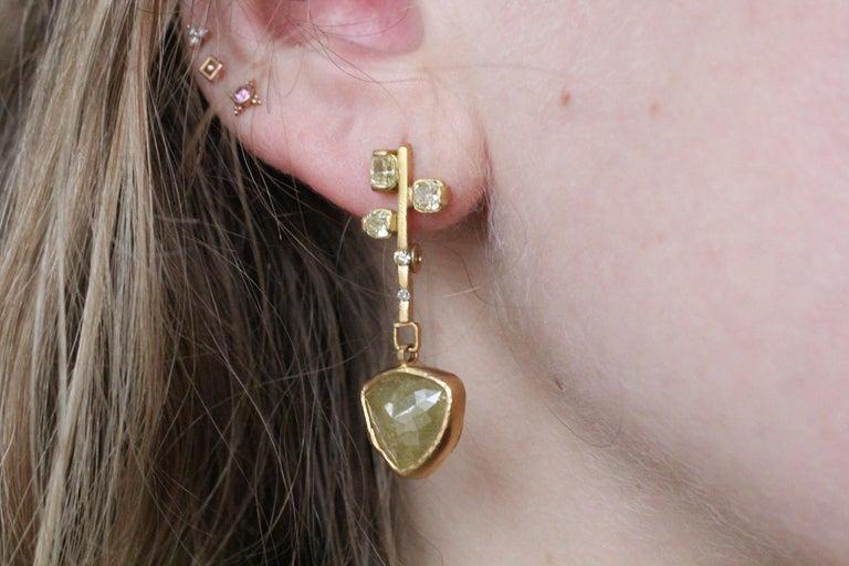 9.3 Carat Yellow Diamonds 21-22k Gold Chandelier Drop Earrings Wedding Jewelry For Sale 3