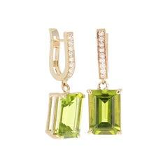 9.31 Carat Peridot Diamond Earrings 14 Karat Yellow Gold