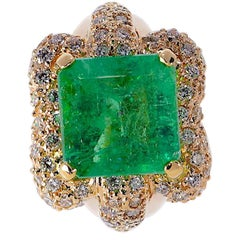 9.34 Carat Emerald and 1.46 Carat Diamond 14 Karat Yellow Gold Ring