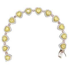9.41 Carat Fancy Yellow and Pink Diamonds Bracelet 18 Karat Gold