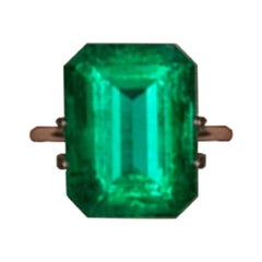 9.45 Carat AGL Certified Minor Oil Natural Top Quality Green Emerald Cut 10ct